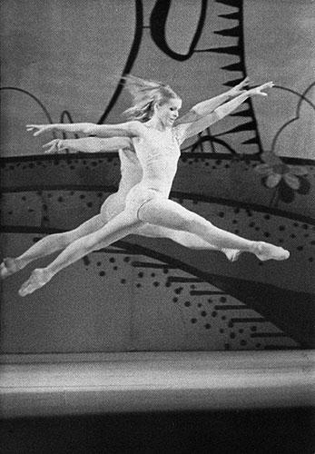 http://gallery-mt.narod.ru/images/balet/full/0013-91b.jpg
